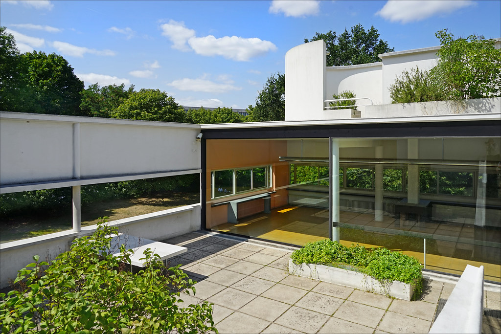 La Villa Savoye De Le Corbusier  Poissy  France