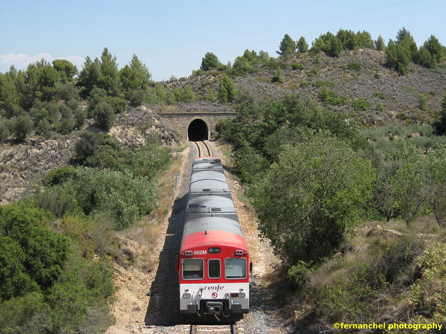 Tren de Cercanías de Renfe (Línea C-5) a su paso por JERICA (Castellón)