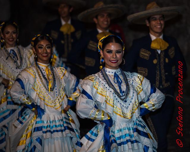 Rencontres de Folklore Internationales 2018, cortège nocturne