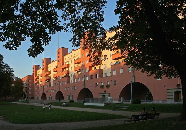 Der Karl-Marx-Hof in Heiligenstadt