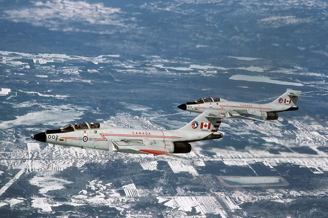 McDonnell CF-101F 101002 & CF-101B 101011 425 Sqn CF 13-04-84