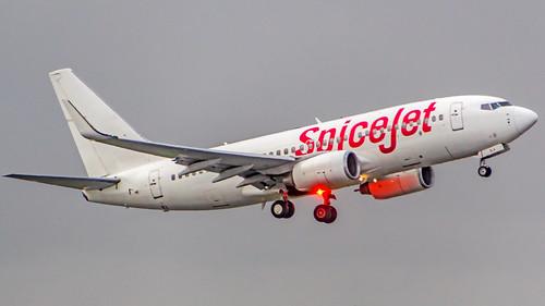 SpiceJet Boeing 737-700 VT-SLA Mumbai (VABB/BOM)