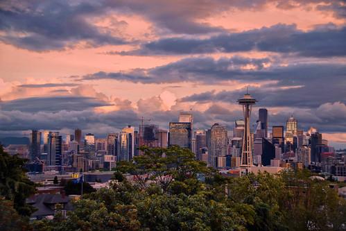 seattle washingtonstate unitedstatesofamerica usa estadosunidos norteamerica ciudad city parque edificios buildings sunset light atardecer