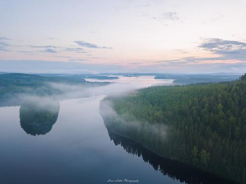 suomi finland jyväskylä vaajakoski koskenvuori water lake forest sunrise morning fog mist dji mavic pro fc220 clouds drone aerial photography nature landscape summer aamu kesä auringonnousu