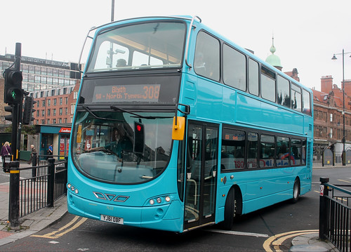 Arriva North East: 7633 YJ61OBF VDL DB300/Wright Eclipse Gemini 2 | by emdjt42