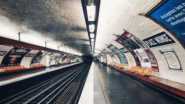 Subway docks