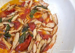 sugo di pollo alla cacciatora 2 | by rosaria68