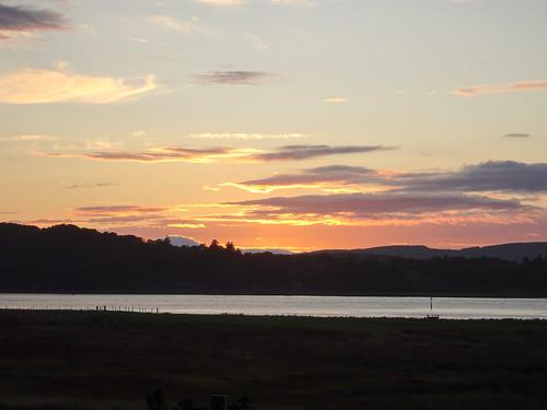 uk unitedkingdom britain argyll kintyre clouds green grass sea loch sealoch westlochtarbert sunset knapdale gb scotland