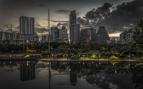 austin texas dawn sunrise storm city citypark cityscape lights clouds