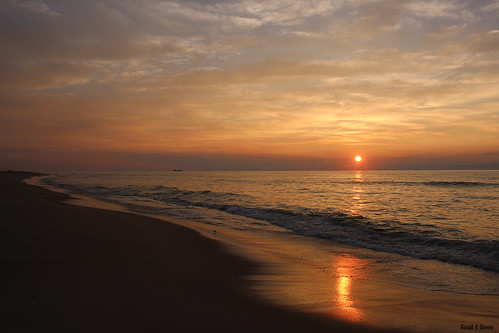 sunrise surfcity atlanticocean downtheshore jerseyshore nj shore beach waves reflection summer lbi longbeachisland