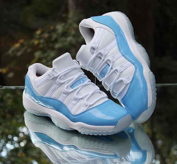 2a1dec976a2 ... Nike Air Jordan 11 Retro Low Barons 528895-010 Black Silver White Size  9.5
