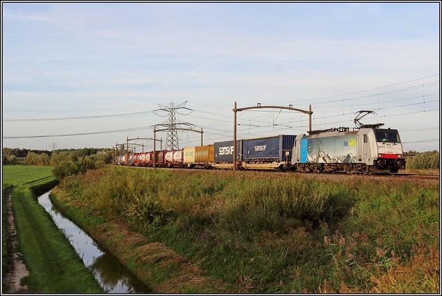 BLS / Captrain 186 104 - Dordrecht.