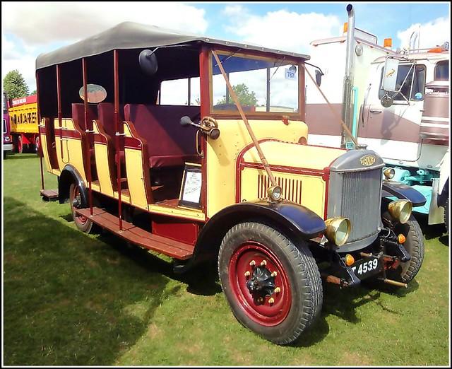 Vintage Bus ...