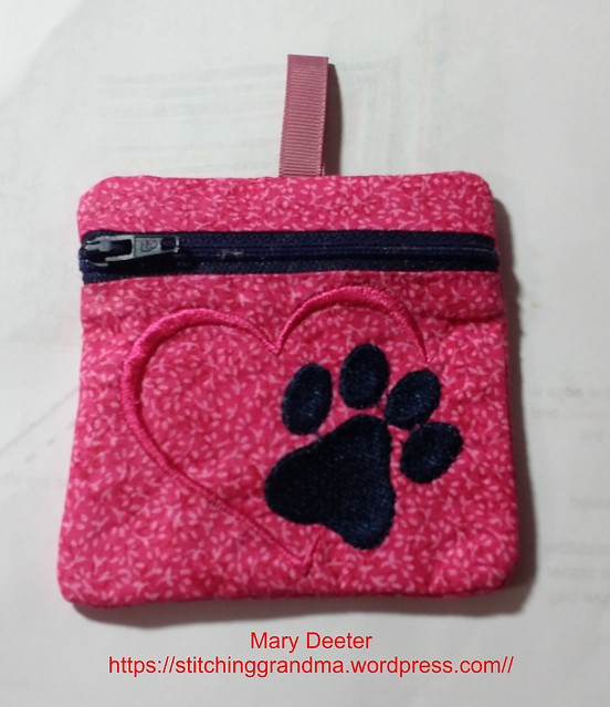 Paw Print zipper bag
