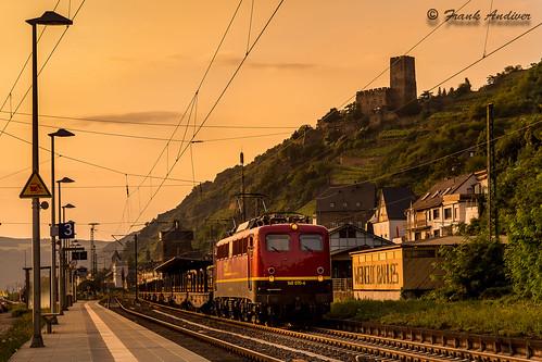 ebm br140 140 kaub treno cargo merci train stazione binari rotaie freight freighttrain freightrain freighttrains db germania exdb sunset canon eos 6d tramonto reno rail