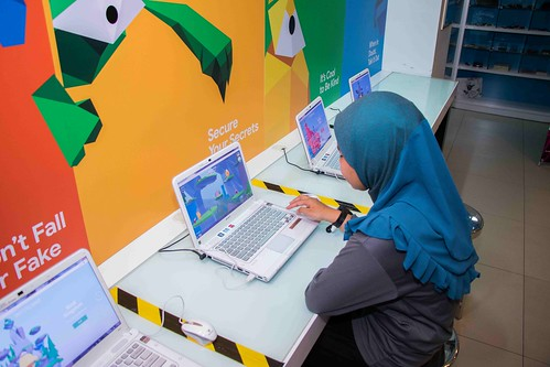 IMAGE 8 - Be a responsible digital citizen and stay safe online by playing a fun game at KidZania Kuala Lumpur 'KidZ & Tech 3.0' Programme | by Leona