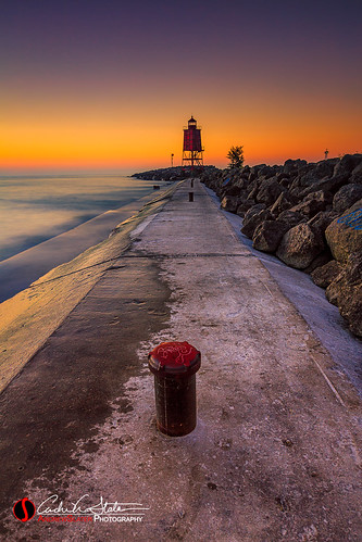 andrewslaterphotography discoverwisconsin greatlakes lakemichigan light lighthouse morning northbeach outdoors path place racinewi sunrise travelwisconsin water waves wisconsin racine unitedstates us canon 5dmarkiii leefilter
