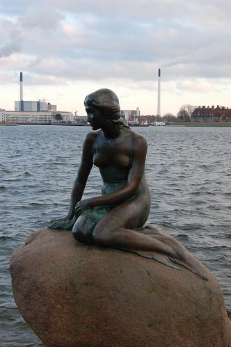 "Den Lille Havfrue, ""the little mermaid"" statue in the water | by denovich"