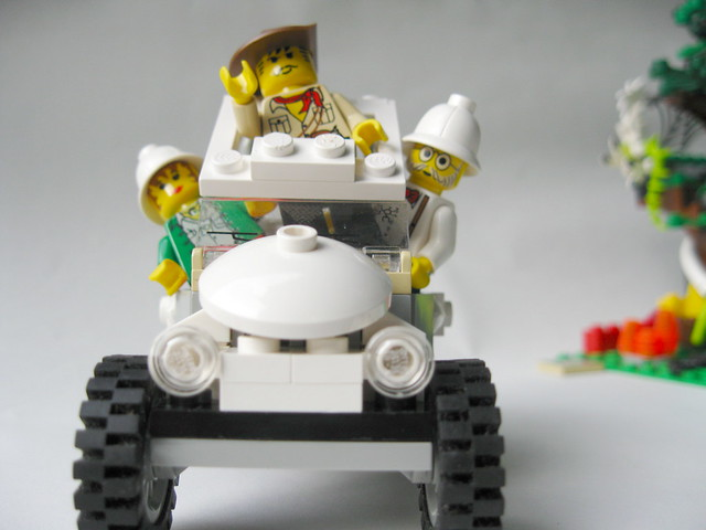 Adventurer's Tracker Ride