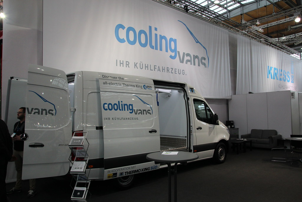 Mercedes Sprinter - Cooling Vans (Thermo King) | IAA Nutzfah