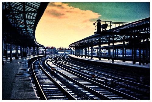 1973 york yorkshire yorks contrejour backlight reflections rain mood atmosphere afterthestorm station tracks