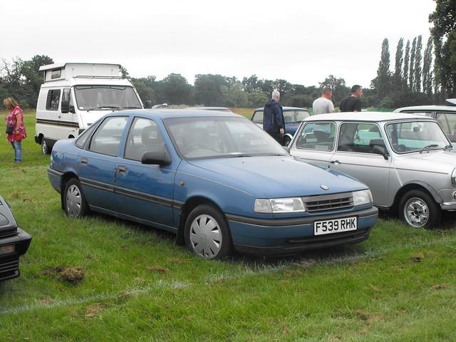 Vauxhall Cavalier - F539 RHK (1)