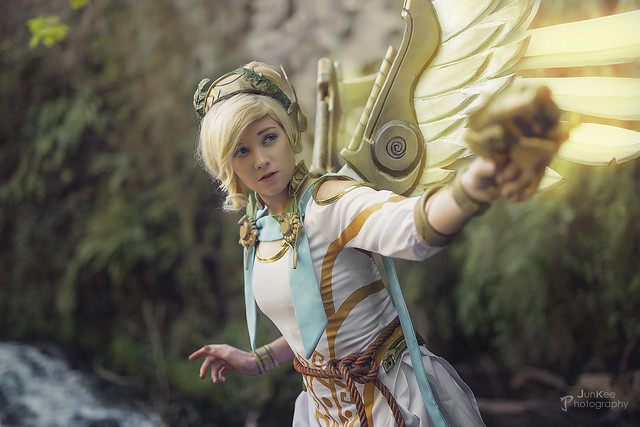 Overwatch: Mercy Winged Victory [ Shooting Cosplay Privé ]