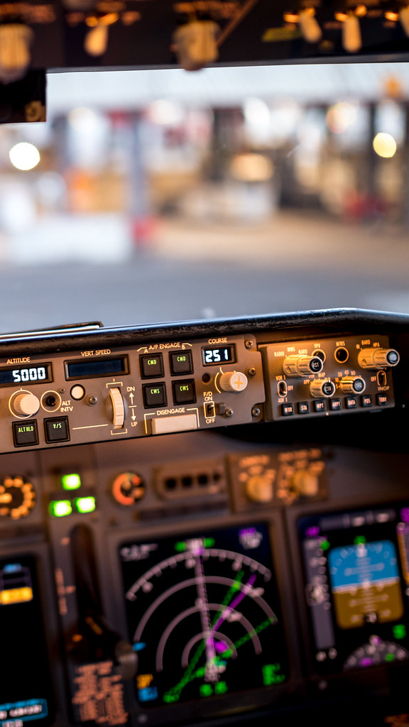 Phone Wallpaper B737 Cockpit Bokeh Sigma 35 F1 4 A Gc232 Flickr