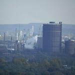 Scheibengasbehälter der Kokerei Prosper in Bottrop vom Gasometer aus gesehen
