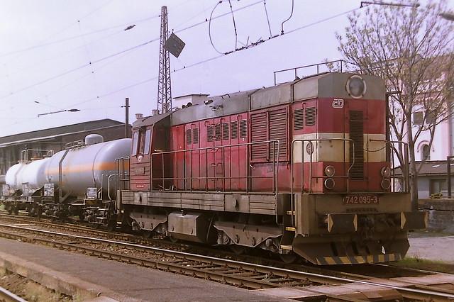 CD 742095-3