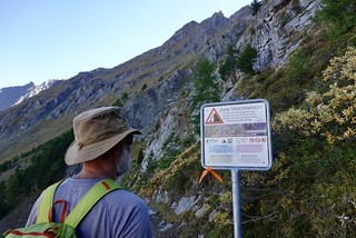 Rockfall warning; do not linger | by danlmarmot