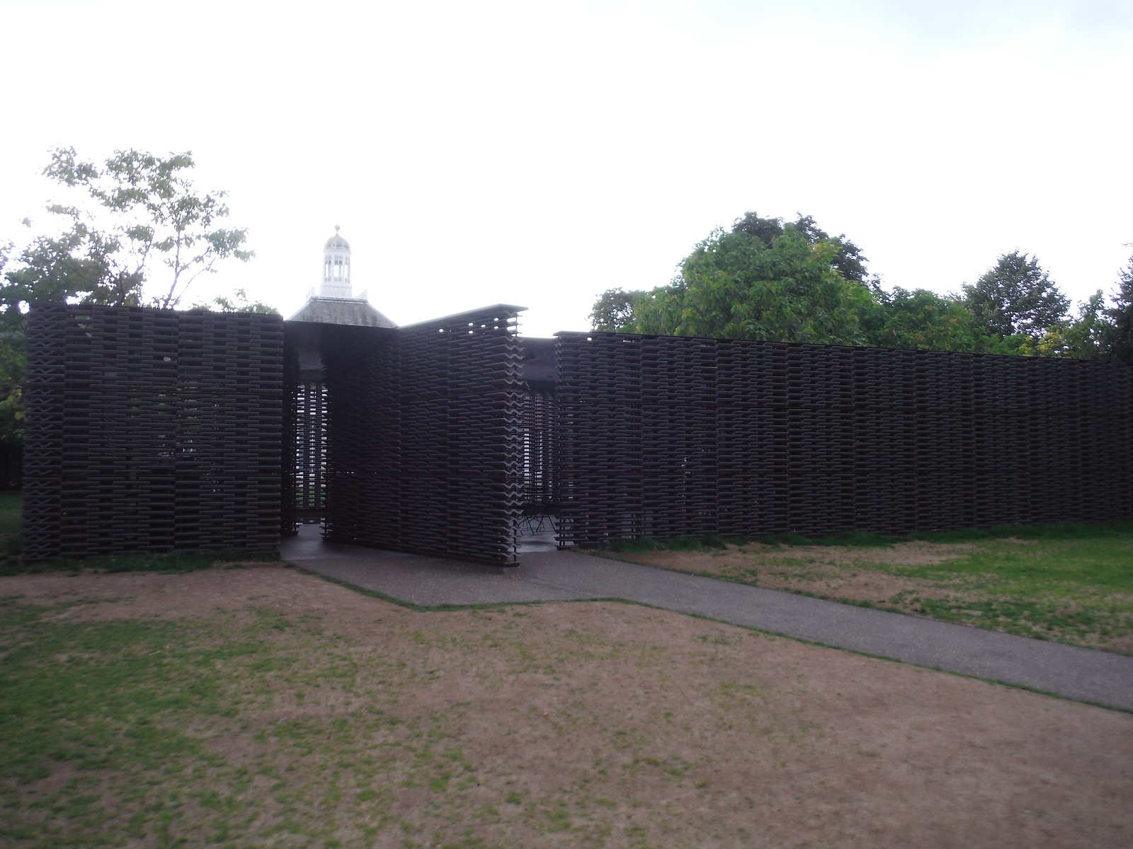 Serpentine Summer Pavilion 2018, by Frida Escobedo SWC Short Walk 19 - Royal Parks