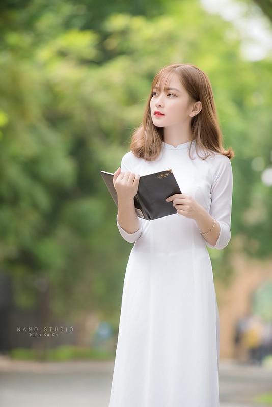 stock áo dài trắng
