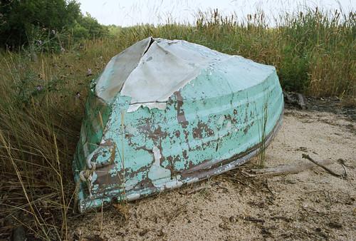 grass kodakporta400 sand old leicam6 dilapidated boat beaverisland film rowboat michigan unitedstates us pastel