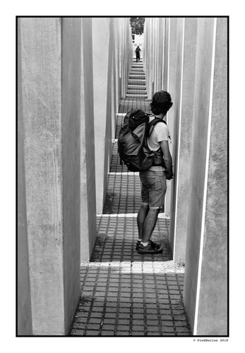 Berlin | Holocaust-Mahnmal | by Fred Herion