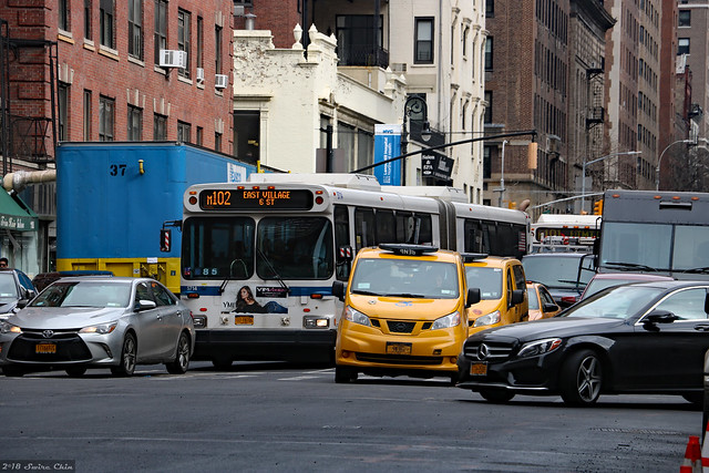 Agitated compressed Lexington Avenue traffic