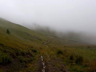 Drumetie in Azuga, Muntii Baiului   by mergpemunte.ro