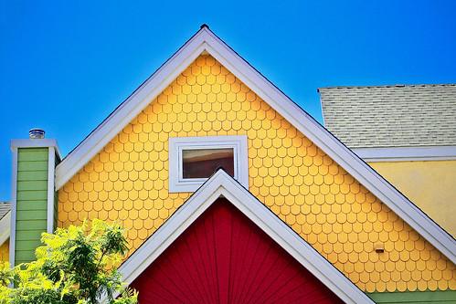 House on Date near Cedar in Little Italy. | by iseedre