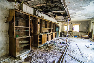 Lost Places: Das verlassene Hotel   by smartphoto78
