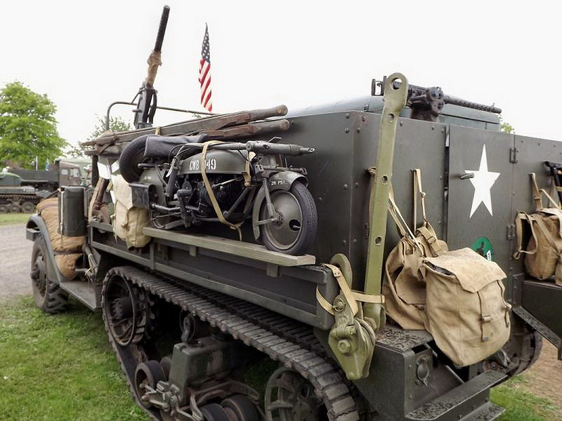 M2A-1M3 13