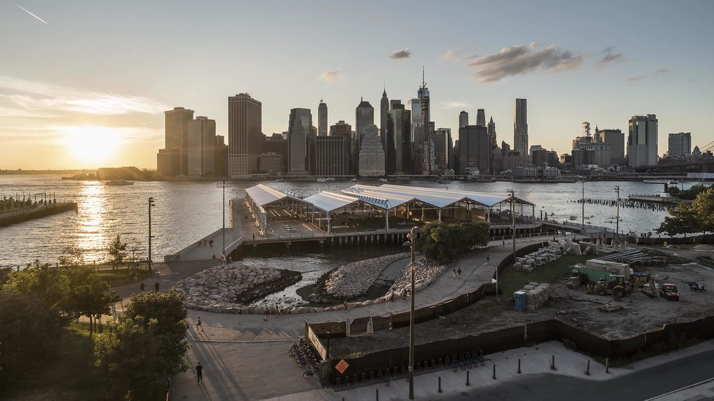 Brooklyn Promenade Day to Night TL UHD with music