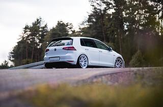 Vw Golf Mk7 Gti Jr29 White Jr Wheels Flickr