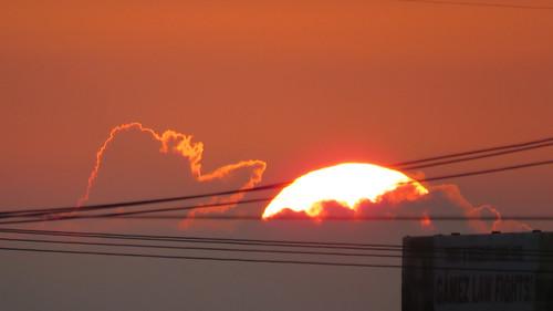 sanantoniotx sunrise amanacer sol soleil 日の丸 nubes nuages leverdesoleil sunrisephotography outdoorphotography 日出