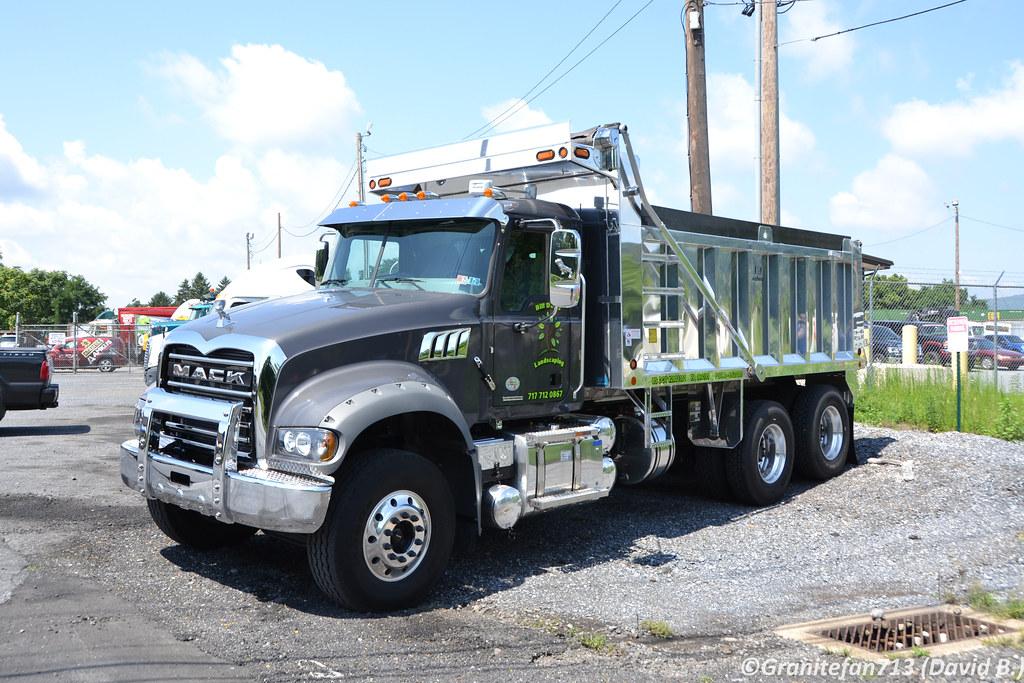 Mack Dump Truck   Best Upcoming Cars Reviews
