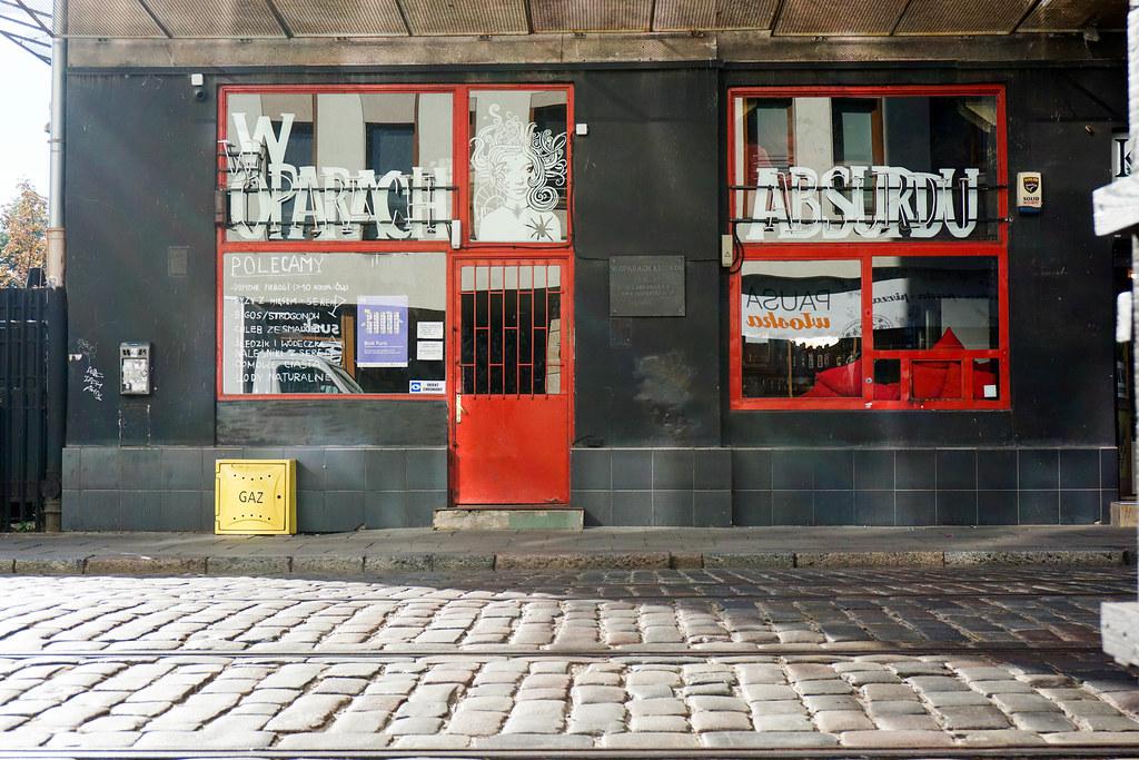 W Oparach Absurdu | bar | Warszawa