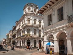 Cuenca; Kolonialgebäude