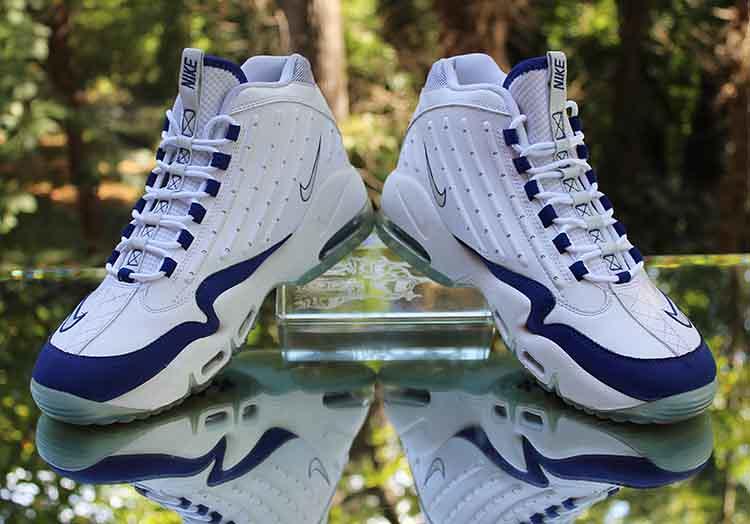 2a2510484c ... Nike Air Griffey Max II White Platinum Royal Blue 442171-102 Men's Size  11