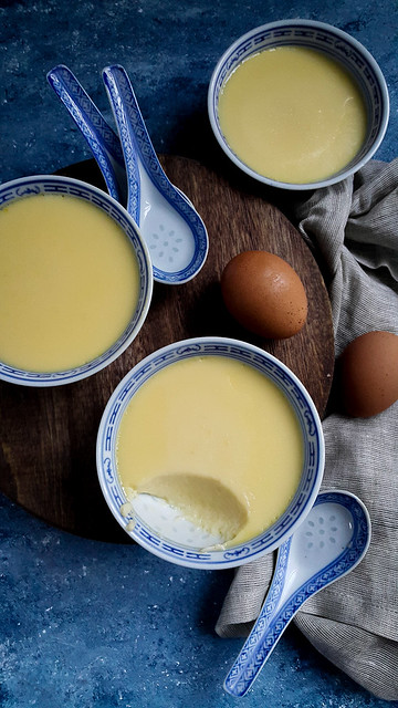 Steamed egg pudding 香滑炖蛋