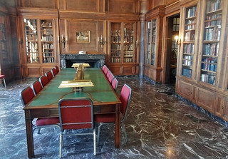 library-surgical-science-museum | by quirkytravelguy
