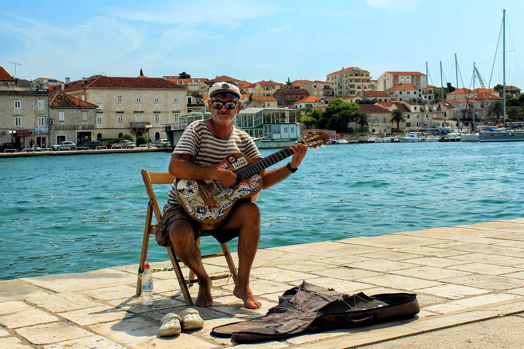 Il marinaio e la sua chitarra - The sailor and his guitar